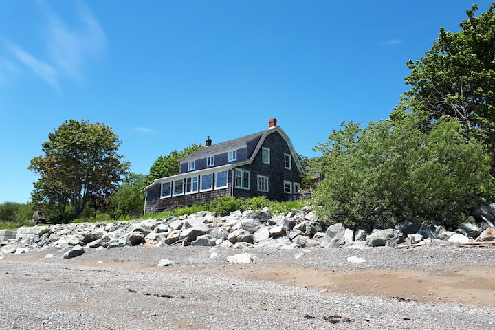 Historic Tilted Beach House on the Bay of Fundy