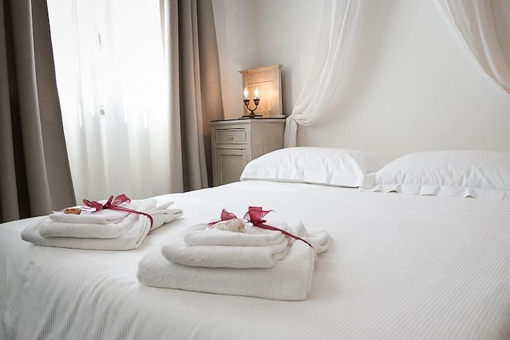 Camera matrimoniale Villa Giannina - Taormina - Bed & Breakfast