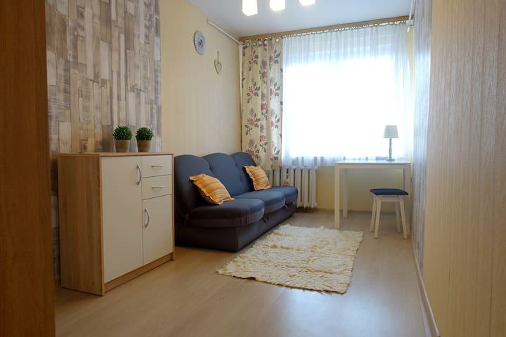 Lovely room by the city center Szczecin! - Szczecin - Gjeste suite