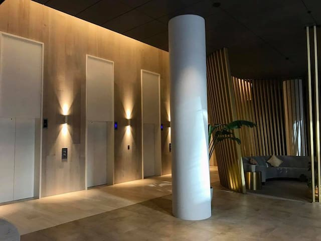 South Yarra 1 private  room free pool gym internet - South Yarra - Apartment
