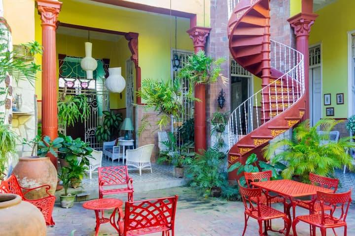Hostal La Fuente(Camagüey) Ideal para la familia