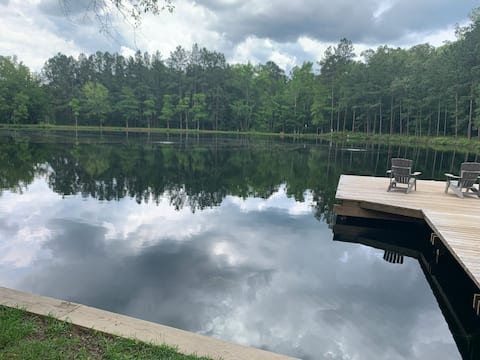 Waterfront Family Fun! Couples Getaway! 3BR/2BA
