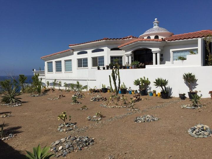 Casa Pacifica: beautiful home, breathtaking views