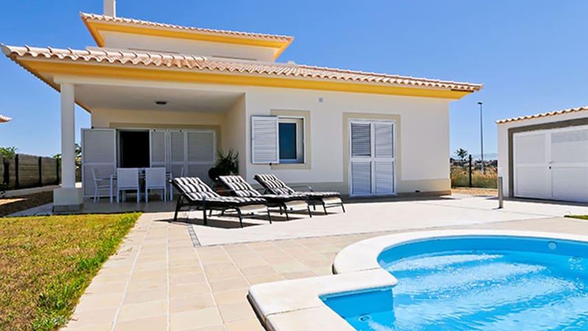 (MOL001) Villa Molineros