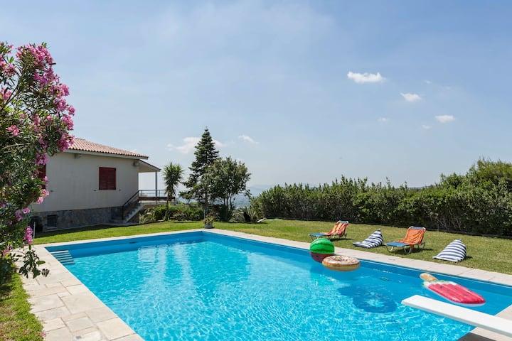 Dream Holidays in a Luxurious Garden Pool Villa