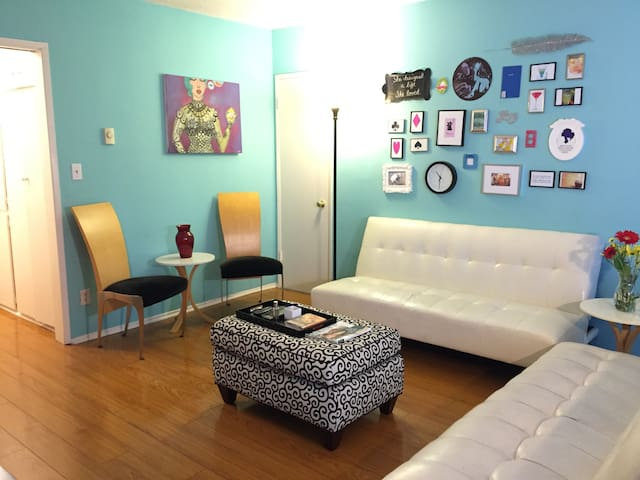 Colorful Bedroom w/Private Bath - Monthly Rental