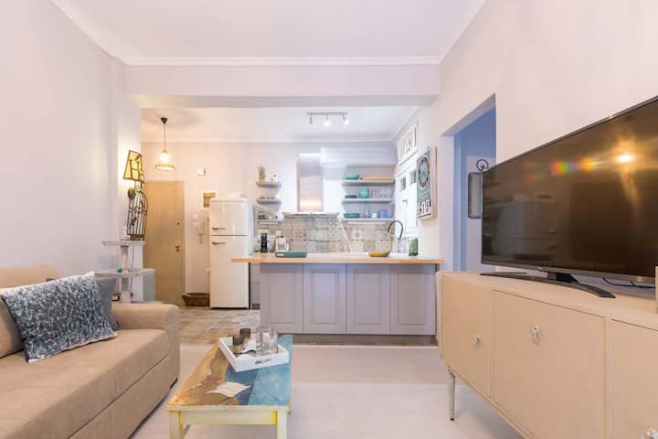 Stylish, comfy apartment in Corfu city center