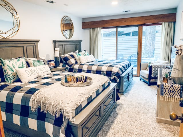 Exhale all the worries of life as you slumber in new luxury bedding and furniture with your bedroom featuring its own walk out porch and sitting area and fire pit.