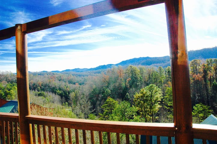 BBQ OR RELAX IN THE HOT TUB WHILE YOU VIEW UNOBSTRUCTED BEAUTIFUL MOUNTAIN VIEWS FOR MILES RIGHT OFF YOUR DECK