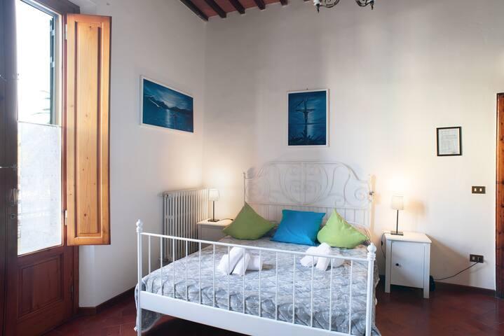 Intera casa  con cucina e giardino in centro citta - Montecatini Terme - Rumah