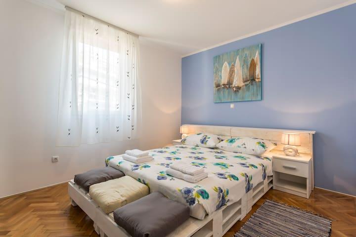 "Apartment"" Vesna"" - Split - Pis"