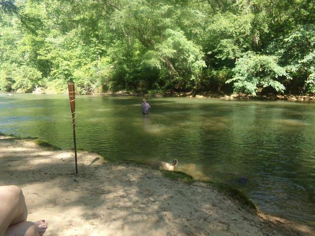 Welcome to River Ridge Cabin Rentals LLC