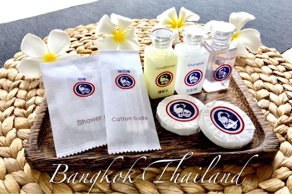每房提供:洗发精.沐浴乳.护发素.香皂.浴帽.棉花棒