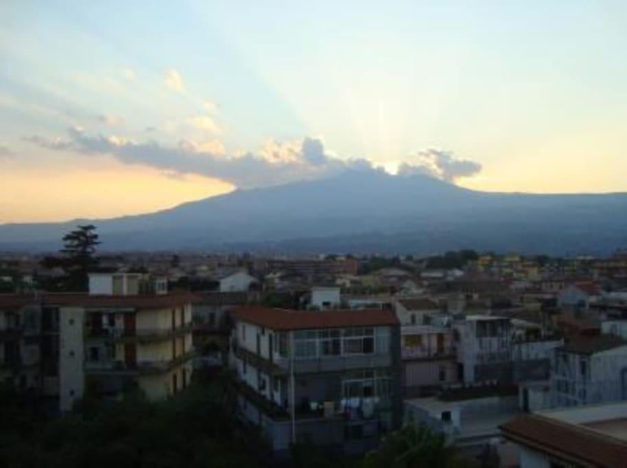 Vista panoramica su Etna