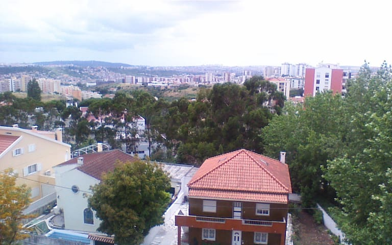 1 room to rent - Odivelas - Byt
