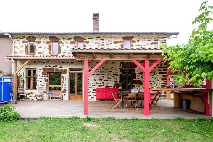 Maison de charme en pierre, rénovée - Salles - Talo