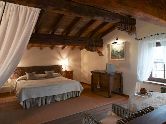Musella Country Relais Superior Room - San Martino Buon Albergo - Bed & Breakfast