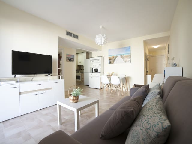Baños de la Reina: Beautiful Apartment a few meters from Beach & Harbour