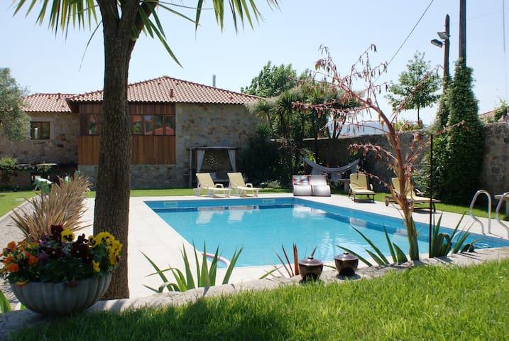 Casal do Carvalhal - Barreiros - บ้าน