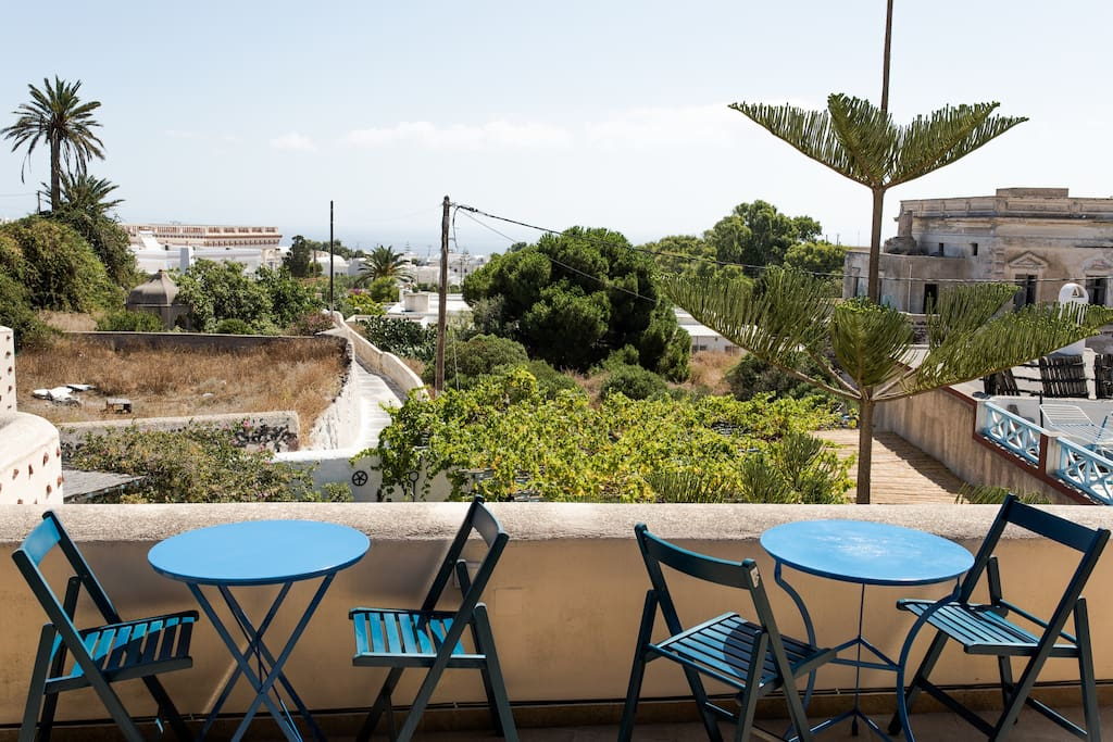 Shared sea-view Terrace