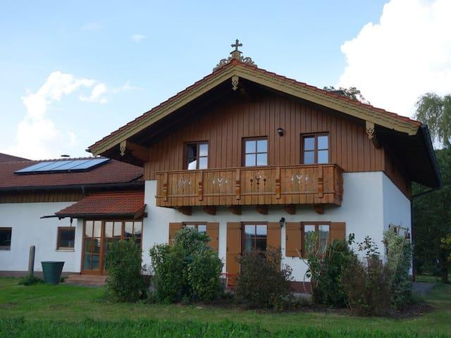 Haus am Hof  -  Wohnung unten - Kirchseeon - Apartment