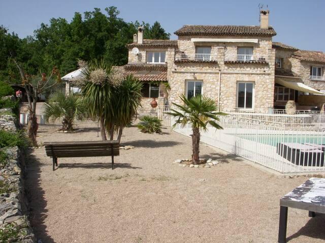 Villa Mas provençal piscine - Saint-Cézaire-sur-Siagne - Casa