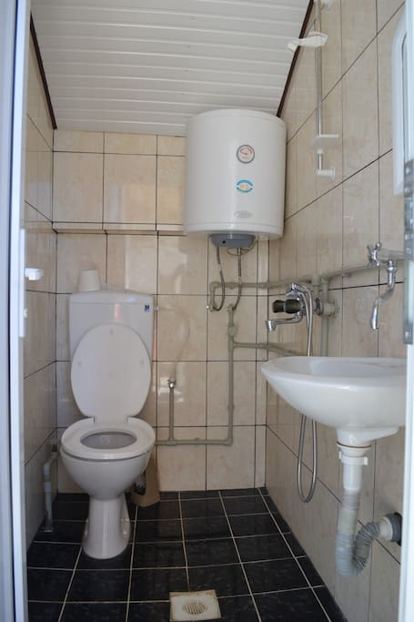 Separate Bathroom for every room.