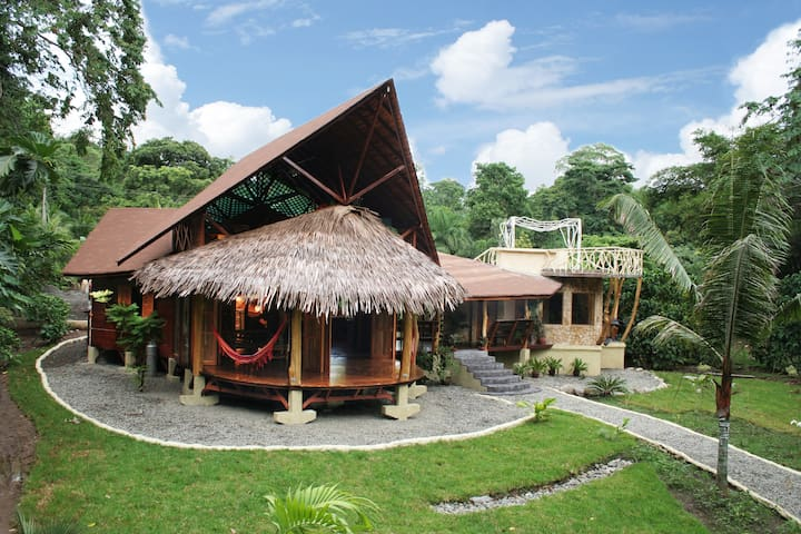 Luxurious Suite at 50 meters from the sea - Punta Uva - Villa