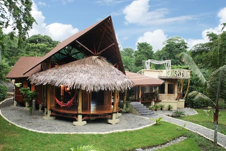 Luxurious Suite at 50 meters from the sea - Punta Uva