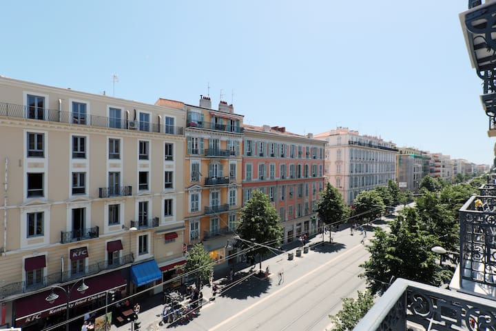 one bedroom apartment in nice