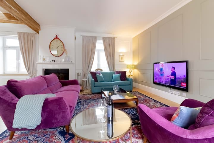 ♕ LUXURIOUS Royal Jono Apt In Old Town By Cohost♕