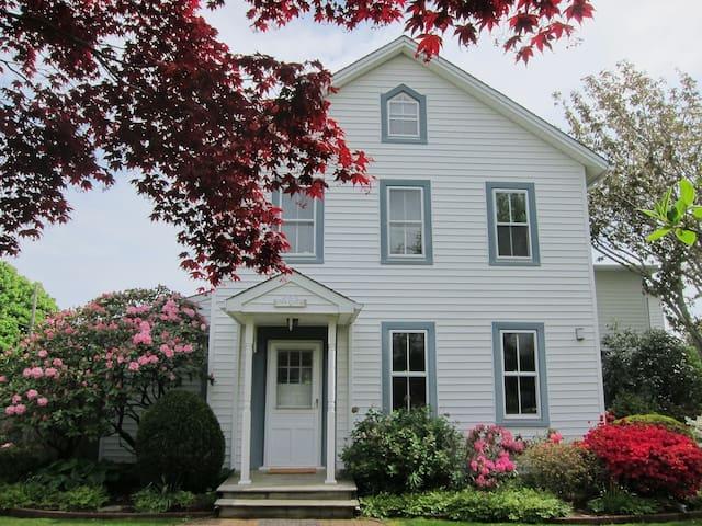 5 Bedroom House in Amagansett - Montauk - House