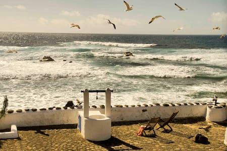 Andrea, studio next to the ocean - El Golfo - Apartment