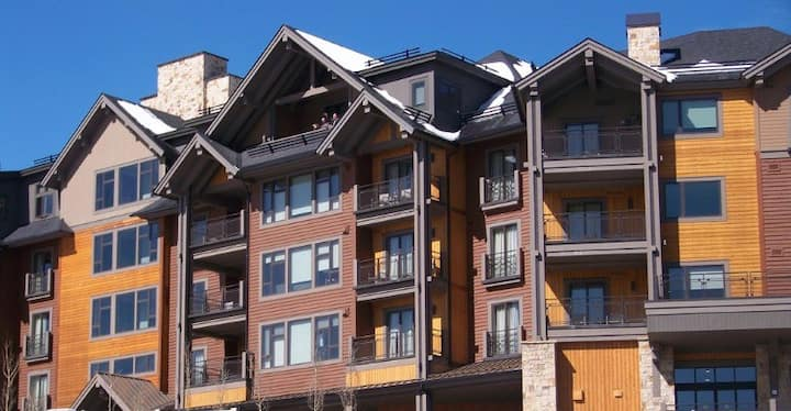 Ski in ski out 2BR dog friendly Grand CO Peak 8
