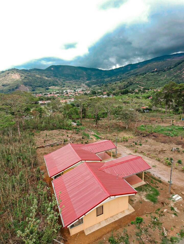 Santa Maria de Dota Green views