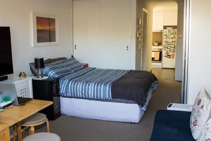 Comfortable Studio with balcony in Bondi Beach