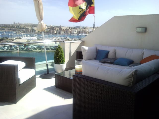 Seafront Penthouse - Il-Gżira - Wohnung