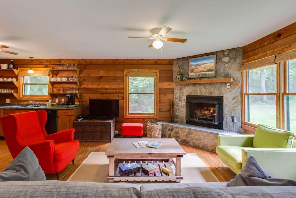 Gather around the cozy fireplace. Fast wifi