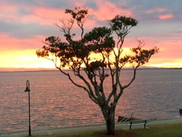 Brisbane's Ocean View Lodge - Wynnum - Apartament