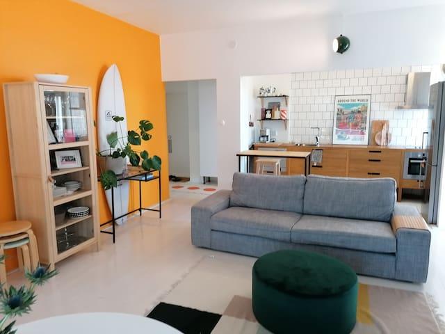 Two room light loft apartment in center (ydin)