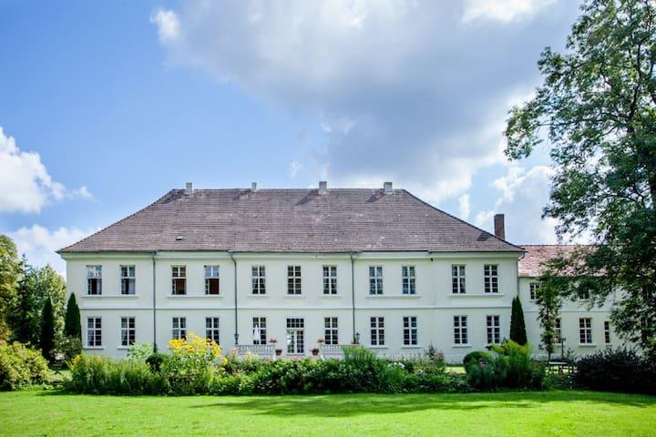 FeWo Samow in Mecklenburg - Whg 7 - Behren-Lübchin - Huoneisto