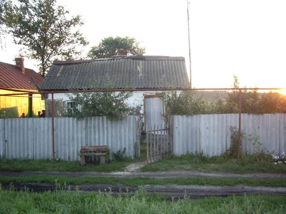 Домик-вид с улицы