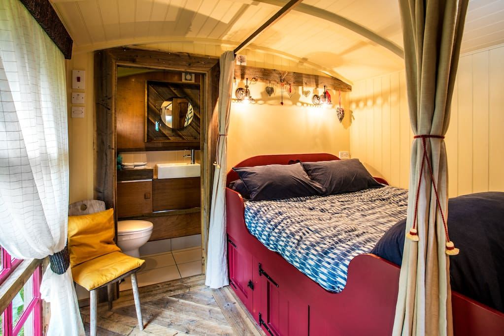 Cosy Double Cabin Bed