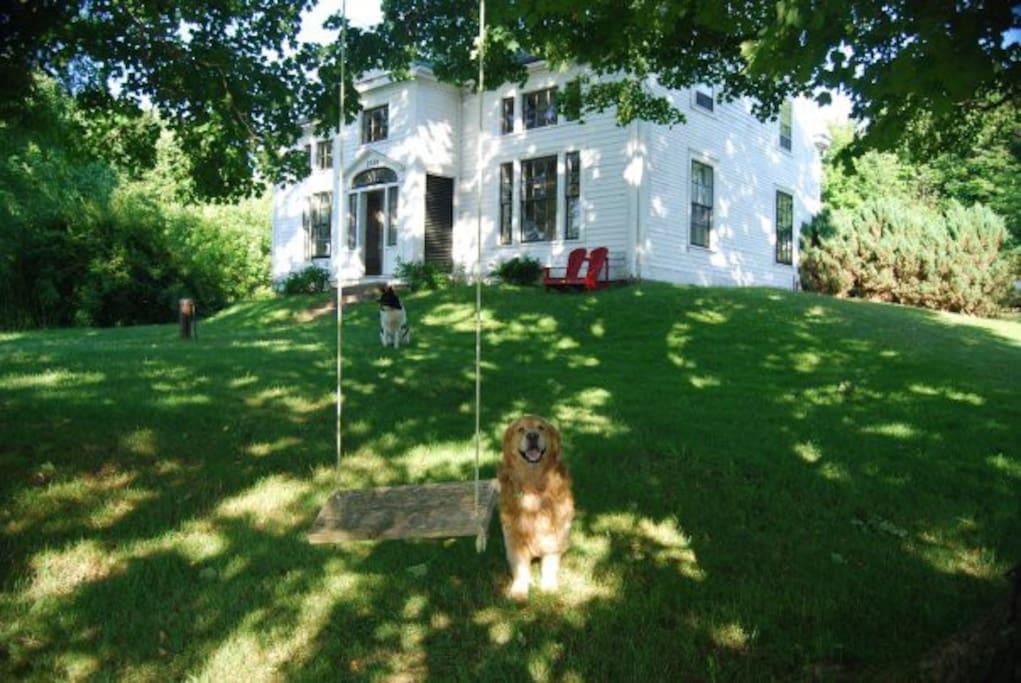 historic delancey house - restored 3 bedrooms