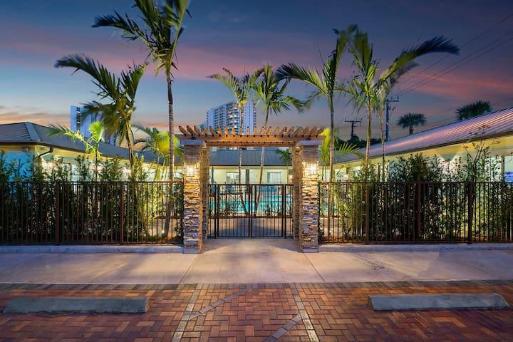 Bermuda Bungalows #3 (Tropical Island Getaway)