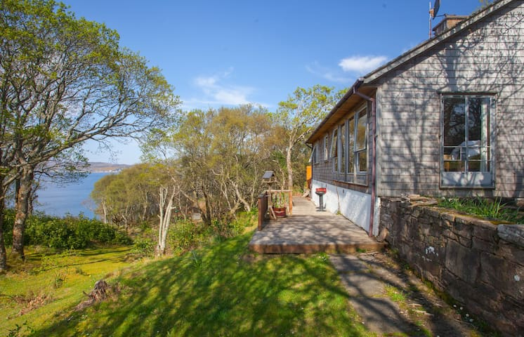 Sea Facing Holiday House on South Side of Gairloch
