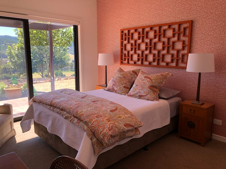 Villa Nova Queen Suite