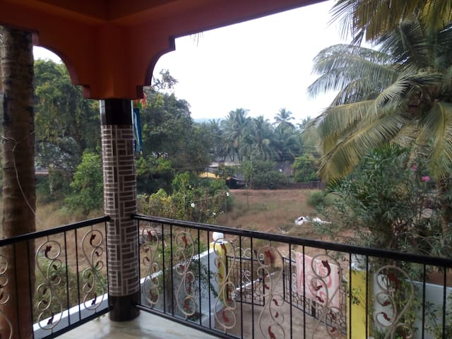 A beautiful  house for rent with ample of parking - Arambol - Dom