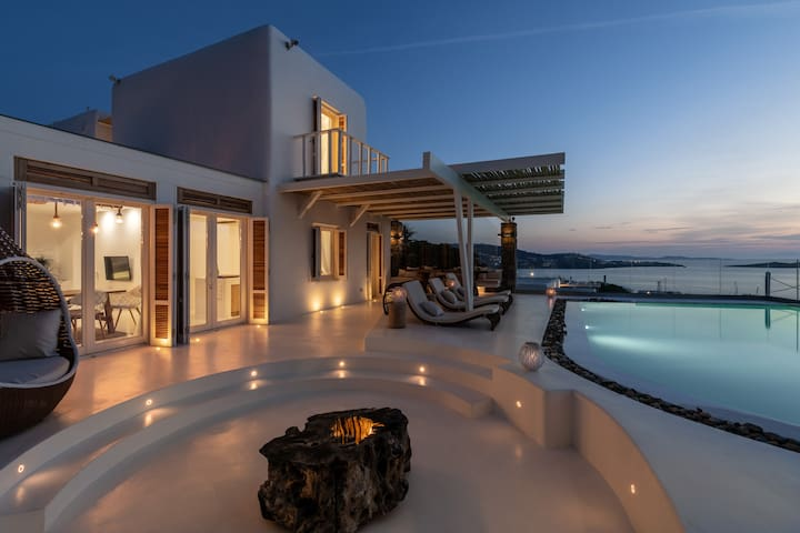 Luxury Villa Mykonos CENTER - AMAZING Ocean View