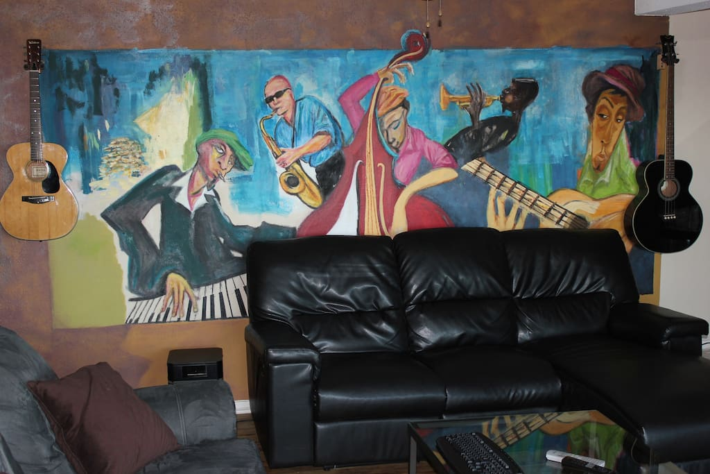 Living Room Sectional and Mural